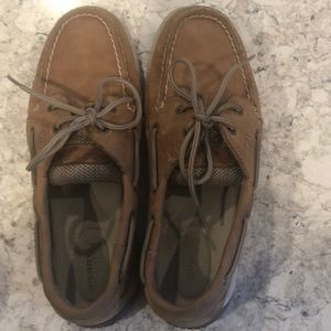 Sperry Topsides Size 8
